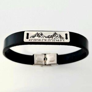 Bratara barbateasca cu piele - Placuta cu peisaj de munte si coordonate - Argint 925 - Inchizatoare clips inox
