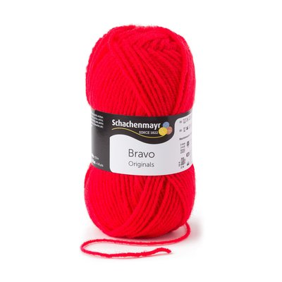 Acrylic yarn Bravo- Scarlet 08241
