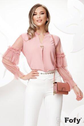 Bluza dama roz eleganta cu maneci pretioase de tul si brosa din perle