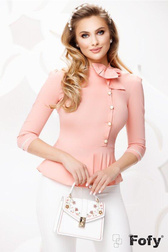 Camasa dama Fofy roz cu funda intr-o parte, nasturi cu perle si peplum
