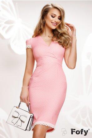 Rochie Fofy decoltata conica roz cu buline si dantela