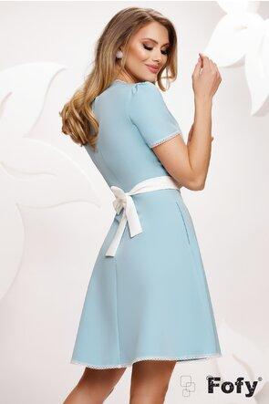 Rochie Fofy eleganta bleu cu decolteu si contururi de dantela