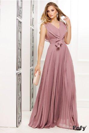 Rochie Fofy lunga de ocazie roz pudra cu volan  stilizat pe decolteu si fusta plisata