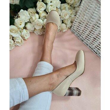 Pantofi bej din piele naturala Joli C
