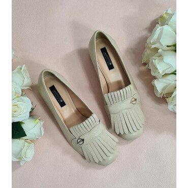 Pantofi de dama bej cu franjuri Nikol