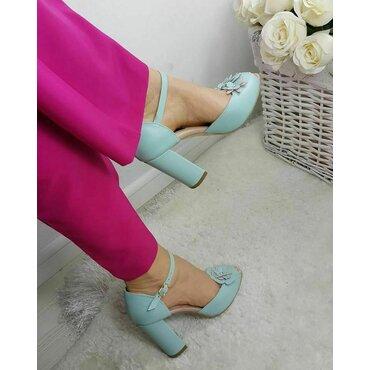 Pantofi decupati Iris piele verde pastel cu aplicatii florale