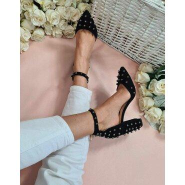Pantofi decupati negri Nika
