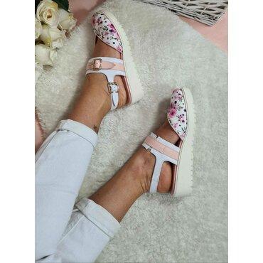 Pantofi din piele naturala imprimeu roz Fly