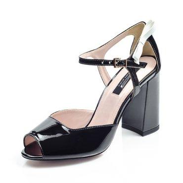 Pantofi lac negru Iris cu toc evazat
