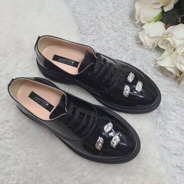 Pantofi oxford din piele naturala neagra Greta