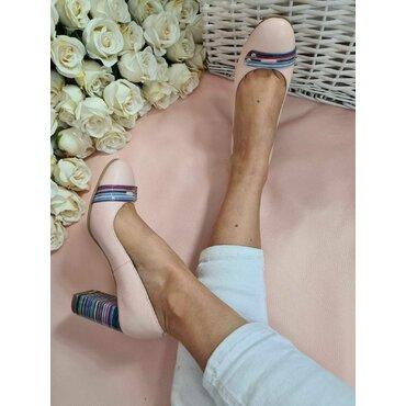 Pantofi roz din piele naturala Spring