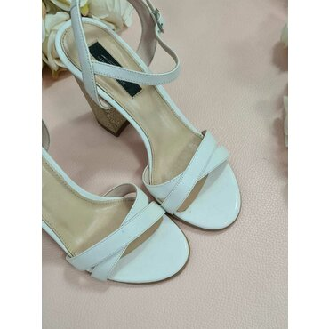 Sandale albe cu auriu Diana