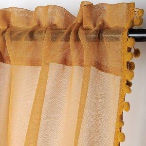 Anya Perdea, Textil, Galben