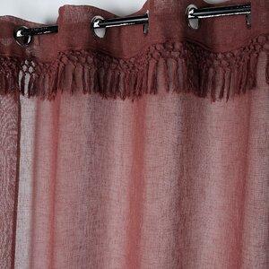 Demetria Perdea, Textil, Rosu