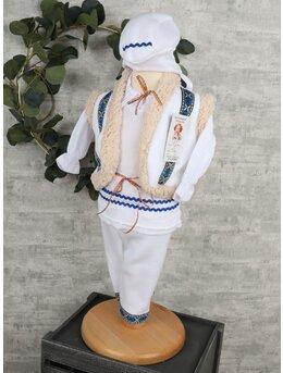 Costum traditional model 2