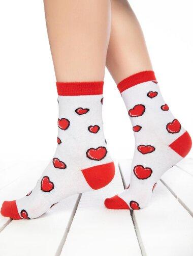 Sosete albe cu inimioare rosii Socks Concept SC-1803