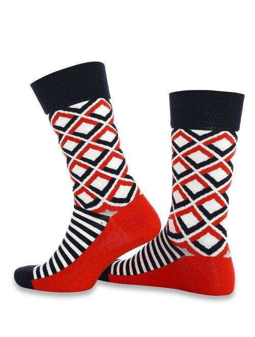 Sosete rosii cu patrate si dungi negre Socks Concept SC-1872
