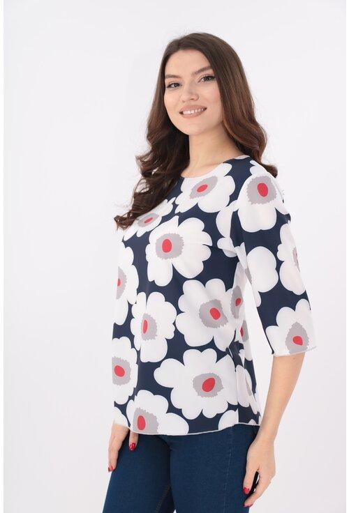 Bluza bleumarin cu flori maxi albe