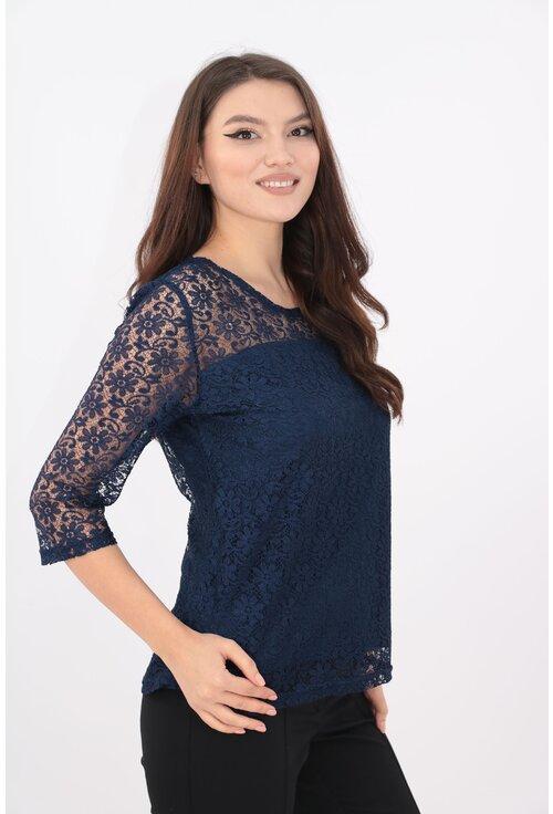 Bluza bleumarin din dantela