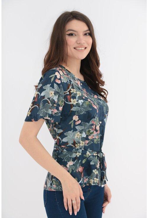 Bluza bleumarin din vascoza cu cordon in talie
