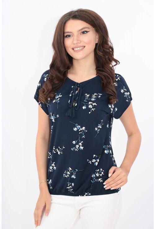 Bluza bleumarin din vascoza cu print floral alb