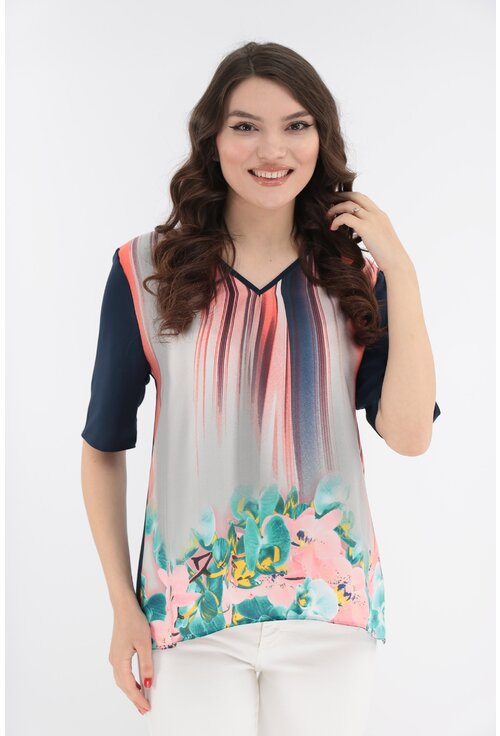 Bluza cu bordura florala si cu spatele bleumarin