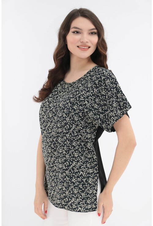 Bluza neagra din bumbac cu print floral crem