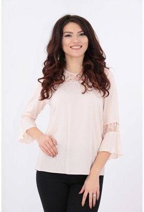Bluza roz-pudra cu dantela