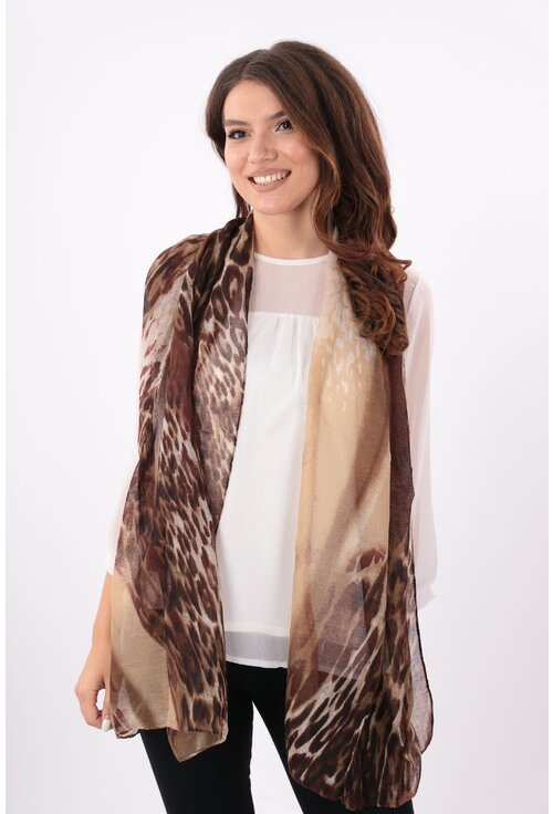 Esarfa cafenie in degrade cu desen animal print