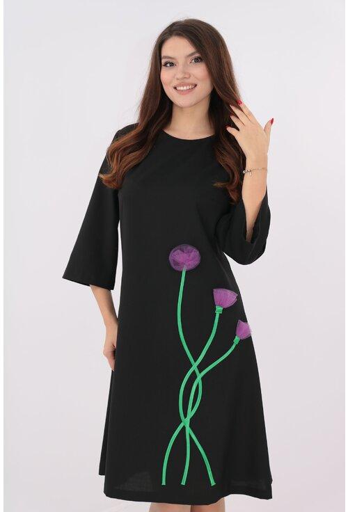 Rochie evazata neagra cu flori mov hand-made