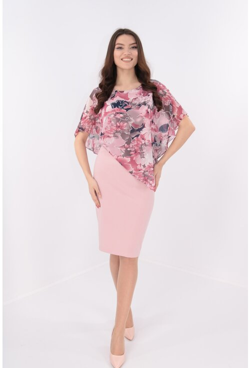 Rochie roz prafuit cu pelerina asimetrica
