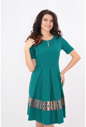 Rochie verde cu pliuri si tiv cu desen geometric
